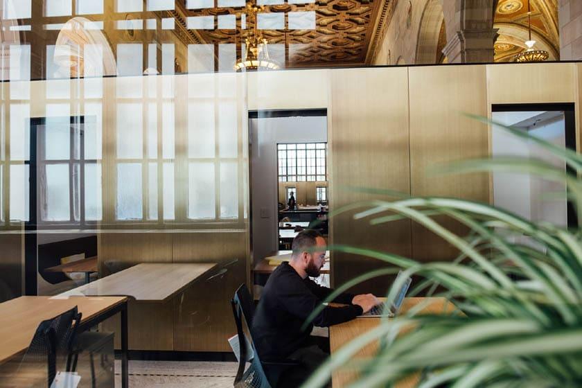 Inspirierende Ideen für die Einrichtung eines gemütlichen Büros
